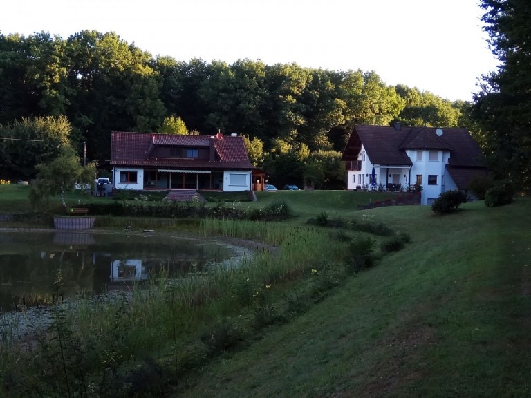 בית החווה Fische und Fischräucherei Patrick Wallaston e.K.